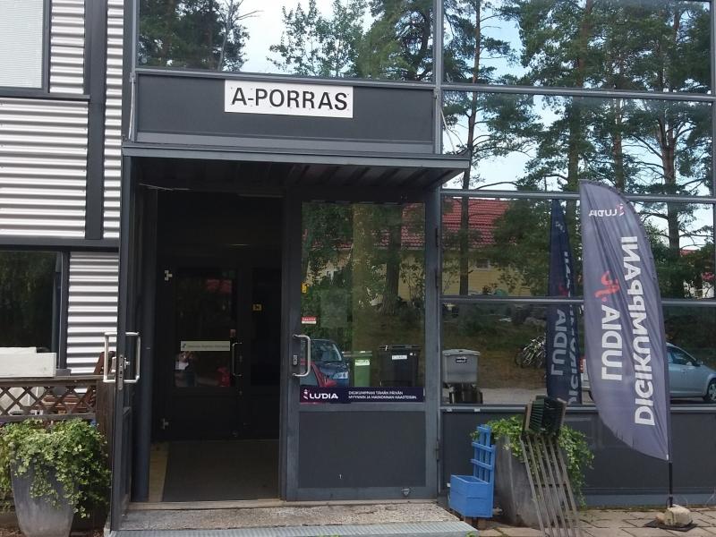 Turku – Radiomiehenkatu 3 A-porras (165m2)