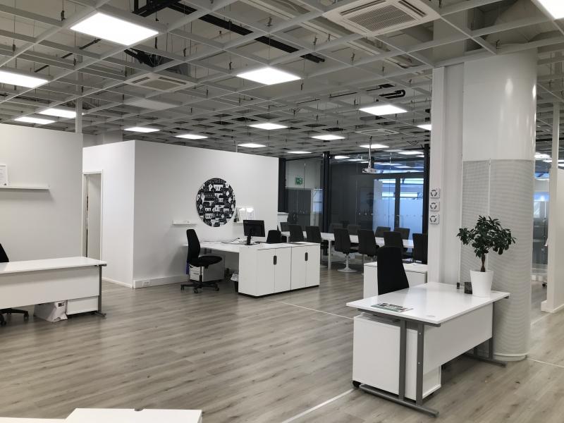 Länsi 1 (2.krs liike-/toimistotila) ent. kiinteistönvälitys, osuus tilasta 60m2